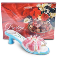 Keepsake Lilly Candle Holder with Chocolates