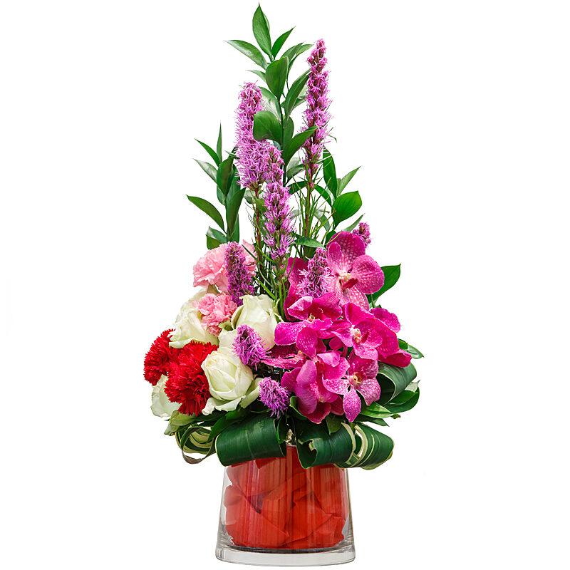Splendid Beauty Bouquet - Flower Delivery Windsor