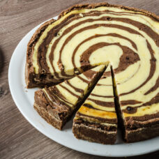 Chocolate Vanilla Twist Cheesecake