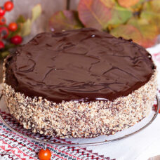 New York Style Creamy Chocolate Cheesecake