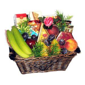 Farmer's Bounty Fruits, Cheese & snacks basket - Medium