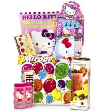Hello Kitty with Smoothies